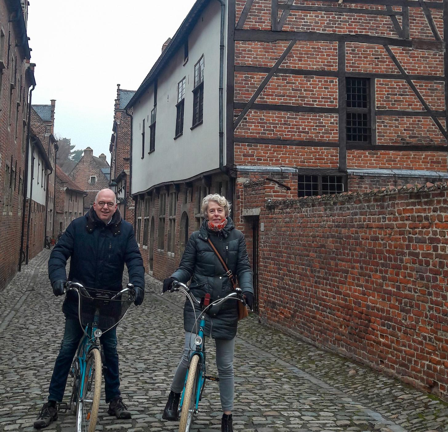 Tijdens een georganiseerde fietstocht leer je veel over Leuven